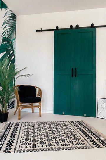 Double door wood FINKA, moss green colour